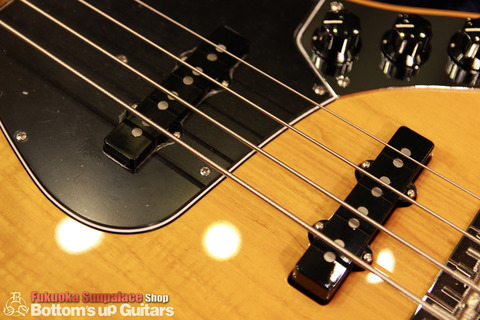 """FREEDOM CUSTOM GUITAR RESEARCH x BUG """"Guitar of The Month"""" Jazz Bass (JB) 4弦 アクティブ【1P Figured Light Ash × Maple FB】"""