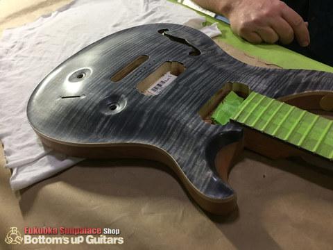 PRS_Factory_Tour_Guitar02.jpg
