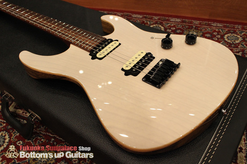 Suhr_Modern_Fixed_BlackKorina_Ashback_Top01.jpg