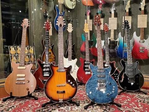 BUG_Kz_YujiInoue_GuitarShow2021.jpg
