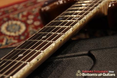 IHush_ST_Eagle_Binding.jpg IHush Guitarsのストラトタイプ エーグル彫金