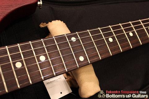 S2_Vela_VintageCherry_fingerboard.jpg